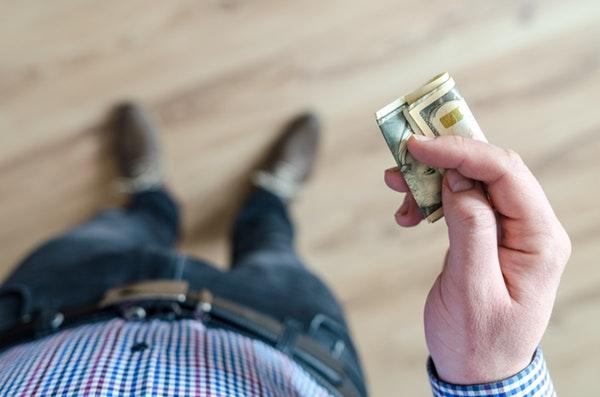Půjčka před výplatou ihned na účet