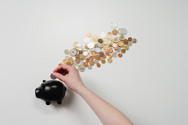 Jaký je rozdíl mezi půjčkou, úvěrem a hypotékou?