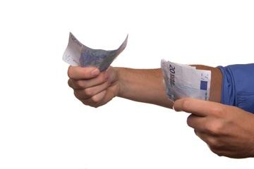 Češi si rádi půjčují. Jaká je aktuálně nejoblíbenější půjčka?