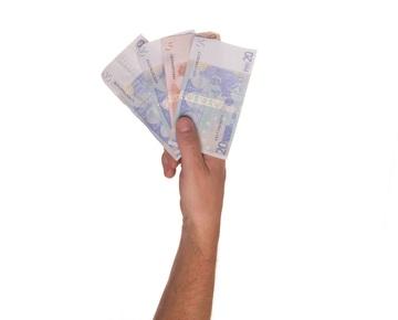 Půjčujete si každý měsíc? Na co byste si měli dát pozor?